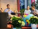 """Am Nachmittag gab es noch eine Gesprächsrunde mit OM-Gründer George Verwer und dem Missionsdirektor Doron Lukat von OM Deutschland zum Thema """"Erfahrung inspiriert Zukunft"""""""