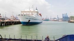 Die Logos Hope im Hafen von Balboa, Panama.