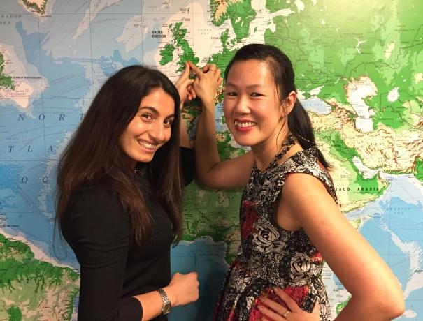 KurzeinsatzteilnehmerinSvenja (links) mit einer anderen Teilnehmerin