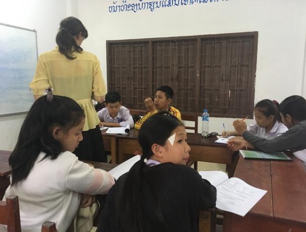 Schulklasse in Laos