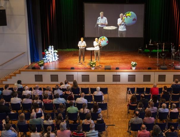 George Verwer predigt beim OM-Freundestreffen © Daniel Johansson, OM
